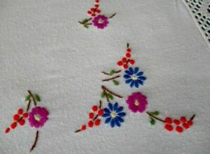 Vintage Tablecloth Hand Embroidered With Flowers Lace Edge Dge