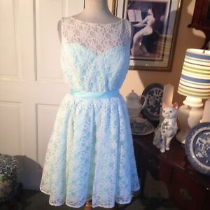 MORI LEE FOR MADELINE GARDNER PALE TURQOUISE LACE DRESS USA20 EXQUISITE BEAUTY $39.99