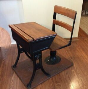Vintage 1930s Child S School Desk Iron And Wood Wisconsin Pickup