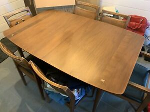 Mid Century Modern American Of Martinsville Walnut Dining Set Table And 6 Chairs