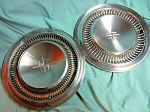 2 Lincoln Hubcaps 1964 65 15 Inch