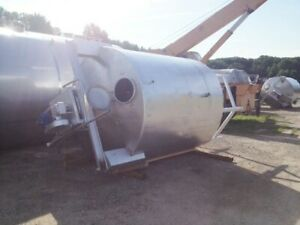 2500 Gallon Stainless Steel Tank Equipped With Top Mounted Agitator Rake Skimmer