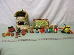 Vintage Fisher Price Woodsey Squirrel Log Home Store Airport Figure Parts Pick 1