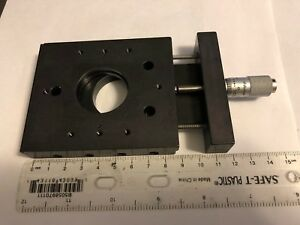 Newport Linear Translation Stage W 30mm Lens Hole And 0 5in Mitutoyo Micrometer