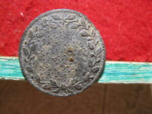 Detecting Finds Large 25mm Rev War Wreathed Edges Pewter Button