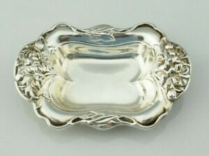 Wm B Kerr Co Sterling Silver Repousse Floral Nut Dish 1198