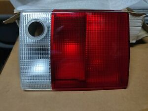 Genuine Audi Combination Inner Tail Light For 86 91 Audi 80 893945226a