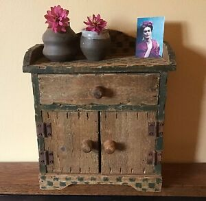 Vintage Small Wood Tabletop Hutch Or Cabinet 10 Inches Folk Art