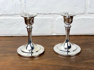 Set Of 2 Oneida Silversmiths Hollowware Silver Candle Holders With Original Box