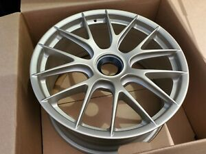 New 20 Gt2 Gt3 Rs Porsche White Gold Metallic Oem Center Lock Front Wheel Rim