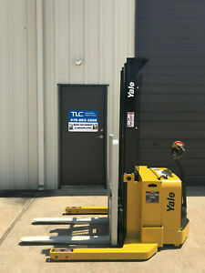 2009 Yale Walkie Stacker Walk Behind Forklift Straddle Lift Only 4459 Hours