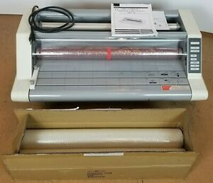 Gbc Heatseal Ultima 65 Thermal Laminator W Free Rolls Of Laminate Free Freight