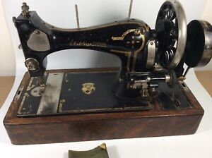 Whitley S Universal Hand Crank Antique Sewing Machine