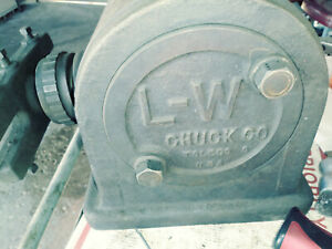 L w Chuck Co Dividing Head With Tail Stock And Total Of 3 Index Plates