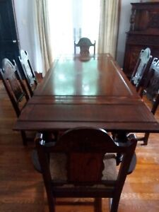 Must Sell Oak Wood Dining Set