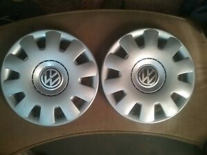 Volkswagen Vw Golf Jetta Hubcaps A Pair Of 2 15 Used Factory Hub Caps