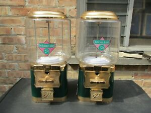 Vintage V line Double Head Lot 25 Gumball Candy Prize Vending Machine Green a