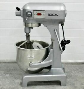 Hobart 20 Quart Mixer Selling A Group Of Mixers