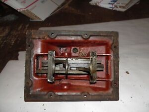 International B 250 Diesel Farm Tractor Shift Forks And Cover