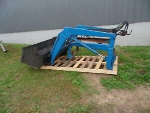 1977 Ford 1600 Diesel Farm Tractor Front End Loader Assembly With 60 Bucket
