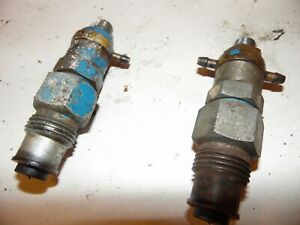 1977 Ford 1600 Diesel Farm Tractor Injectors