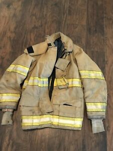 Globe Firefighter Turnout Gear Jacket Coat 42x32