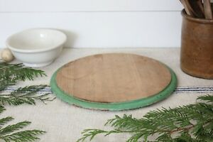 Antique Vintage Round Wood Bread Cutting Board W Old Green Paint Edge Nice