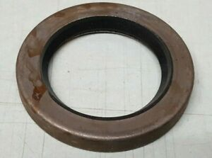 Genuine New Holland Combine Oil Seal 272536 new Oem