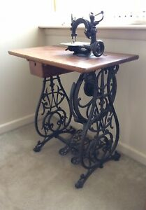 Willcox Gibbs Antique Sewing Machine With Table