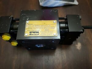 Parker Htr1 8 090x aa11 a34 Hydraulic Rotary Actuator New 3000psi Bx171