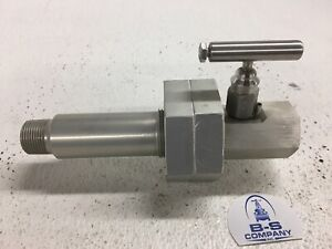 Needle Valve 3 4 Lightweight Male Npt X Female Npt