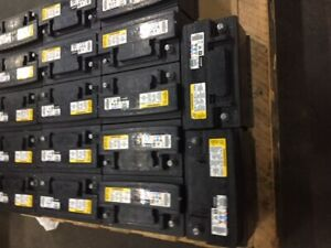 A c Delco Battery Fits Gm Pickups Suv s