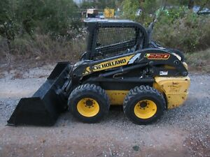 2011 New Holland L220 Skid Steer Loader New Tires Snow Litter Bucket Ship 500