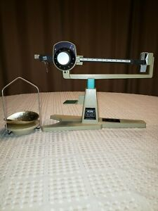 Vintage RCBS 304 Reloading Scale by Ohaus - 1105 grain Capacity