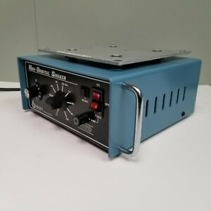 Bellco Bench Top Mini orbital Shaker Variable Speed W Timer 7744 08096