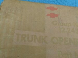 1960 1961 1962 Nos Chevrolet Impala Automatic Trunk Opener