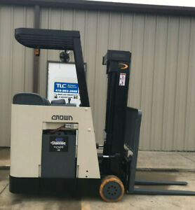 2005 Crown Rc 3020 30 Forklift Stand Up Electric Reconditioned Battery Nice