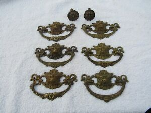 6 Antique Vintage Cast Brass Lion Head Drawer Pulls And 2 Cast Brass Knobs
