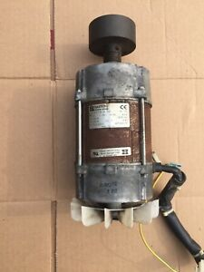 Wascomat Td3030 Drum Motor 120v 1ph 60hz P n 487 235873 Used