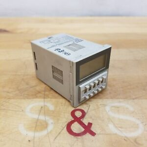 Omron H3ca a Timer Relay With Base 24 240 Vac 12 240 Vdc Used