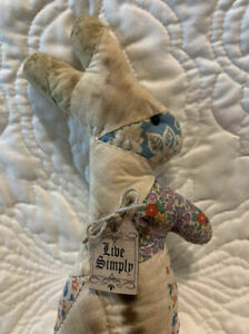 Primitive Handmade Antique Quilt Grungy Standing Bunny Live Simply