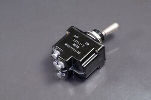 Ms27735 22 Honeywell Toggle Switch 20a 250vdc Dpst Off on Panel Mount 12tl1 2
