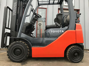 Free Freight 2009 Toyota 8fgu15 3000lb Pneumatic Tire Forklift Lease 305