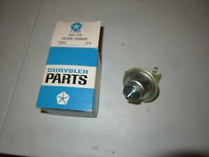 1970 Nos Plymouth Dodge 440 Six Pack Distributor Vacuum Advance Dual Point