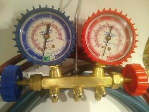 Yellow Jacket R 410a Flutterless Manifold Gauge Set With Charging Hoses