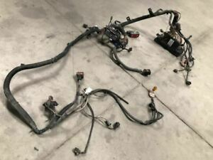 06 Dodge Ram 2500 Used 5 7l 4x2 Under Hood Head Lights Relay Fuse Wire Harness