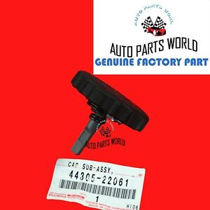 Genuine Toyota 4runner Corolla Pickup Power Steering Reservoir Cap 44305 22061