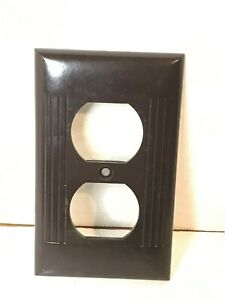 Vintage Sierra Brown Duplex Outlet Receptacle Wall Plate Cover Ribbed Bakelite