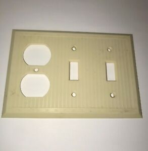 Vintage Ivory Bakelite 2 Toggle Switch Duplex Outlet Wall Plate