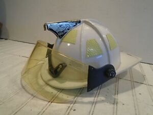 Cairns 1010 Fire Helmet With Full Face Shield White